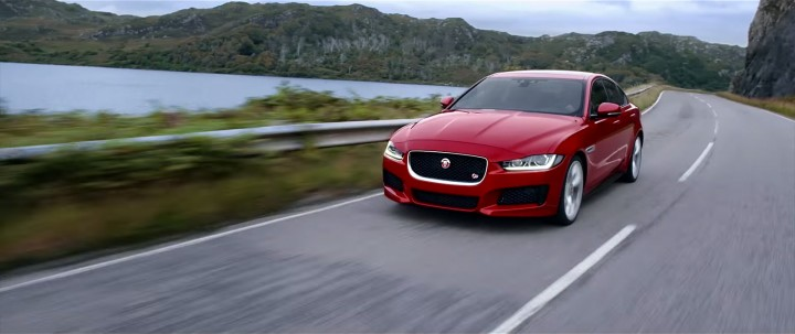 vid o la nouvelle jaguar xe 2015 french driver. Black Bedroom Furniture Sets. Home Design Ideas
