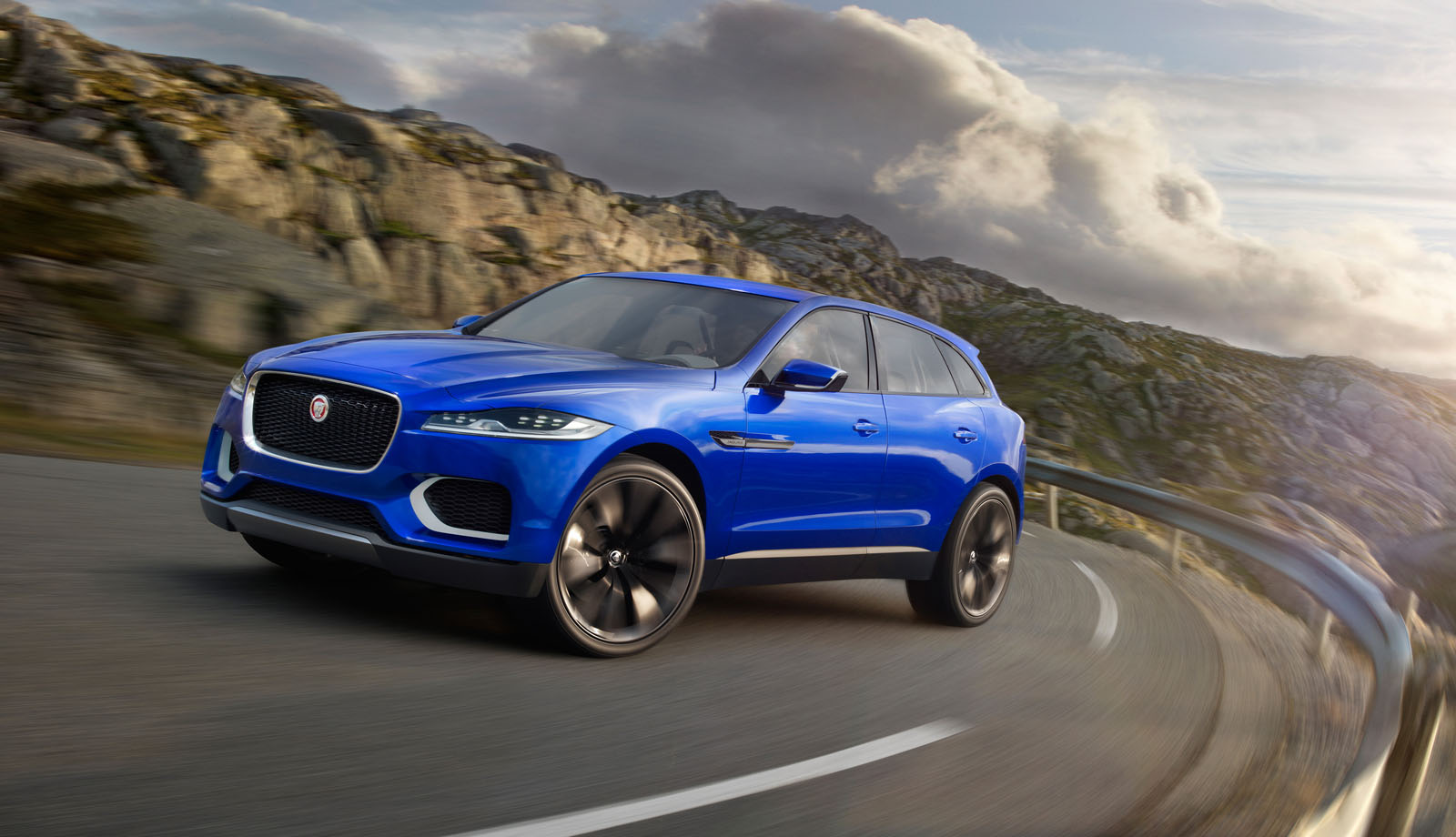 jaguar f pace 2016 un nouveau crossover pour jaguar french driver. Black Bedroom Furniture Sets. Home Design Ideas