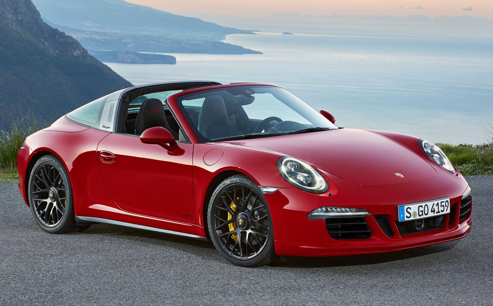Porsche 911 Targa 4 GTS Rendez Vous En Terre Inconnue