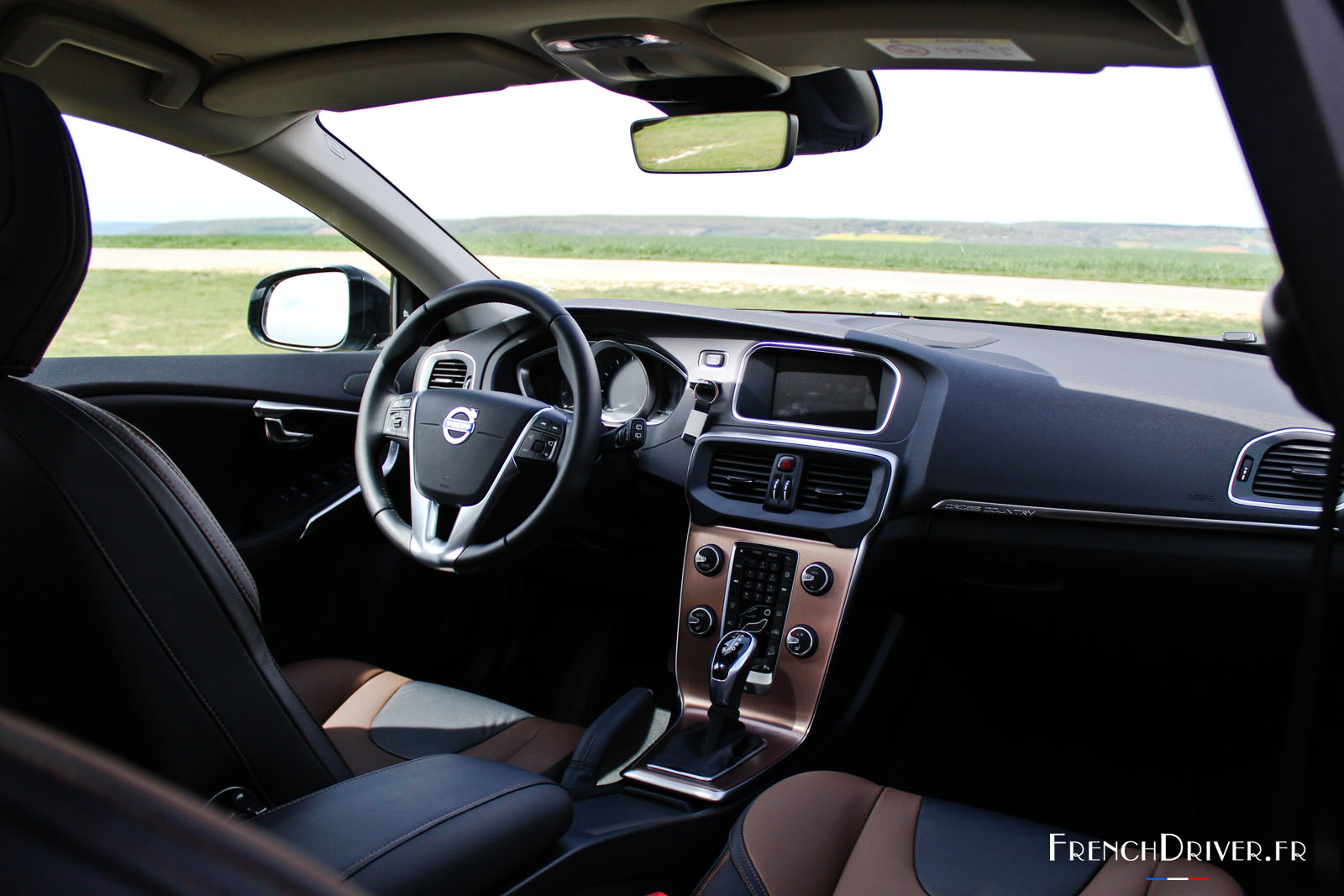 Super Essai de la Volvo V40 Cross Country T5 AWD - French Driver EE-64