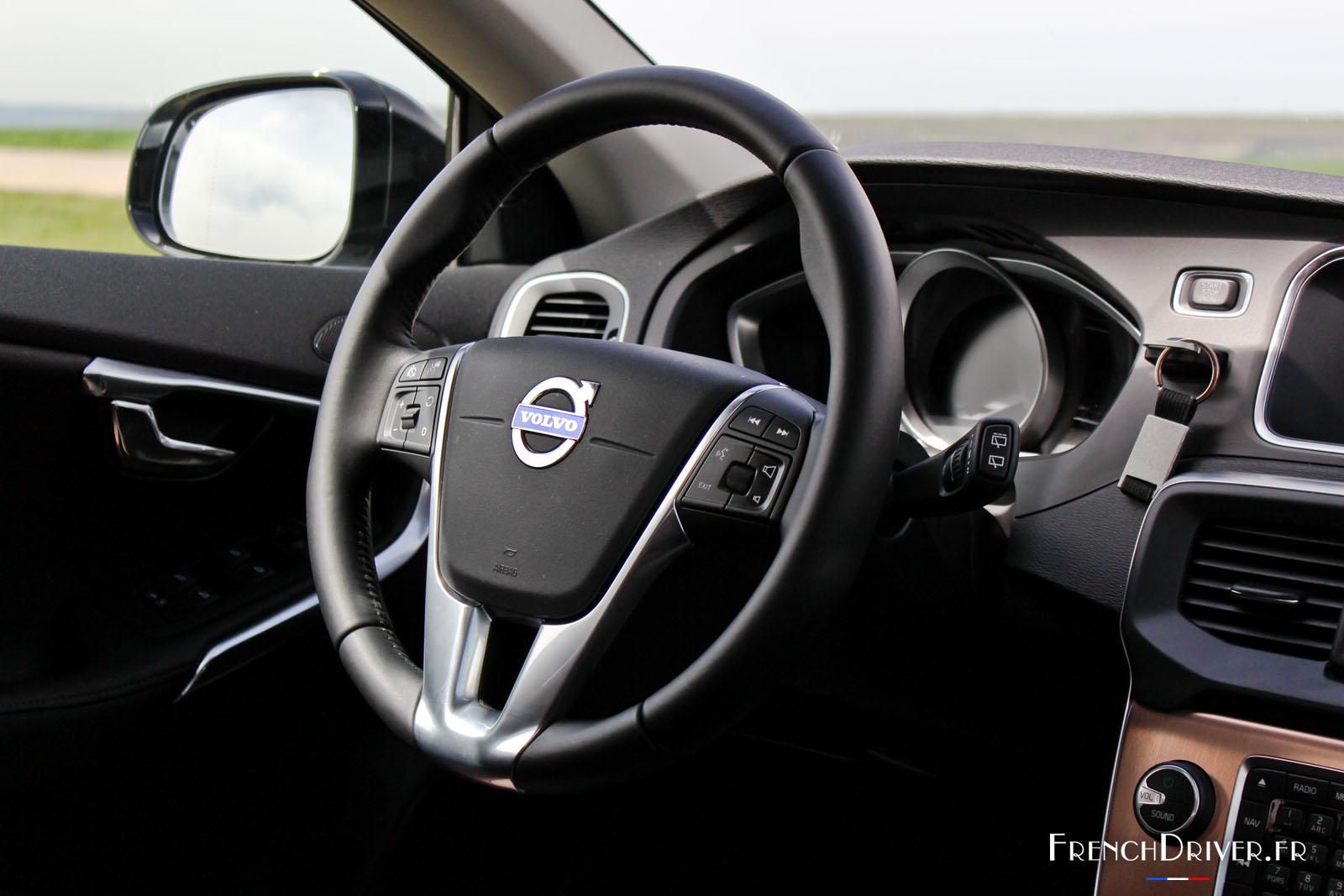 Essai de la Volvo V40 Cross Country T5 AWD - French Driver