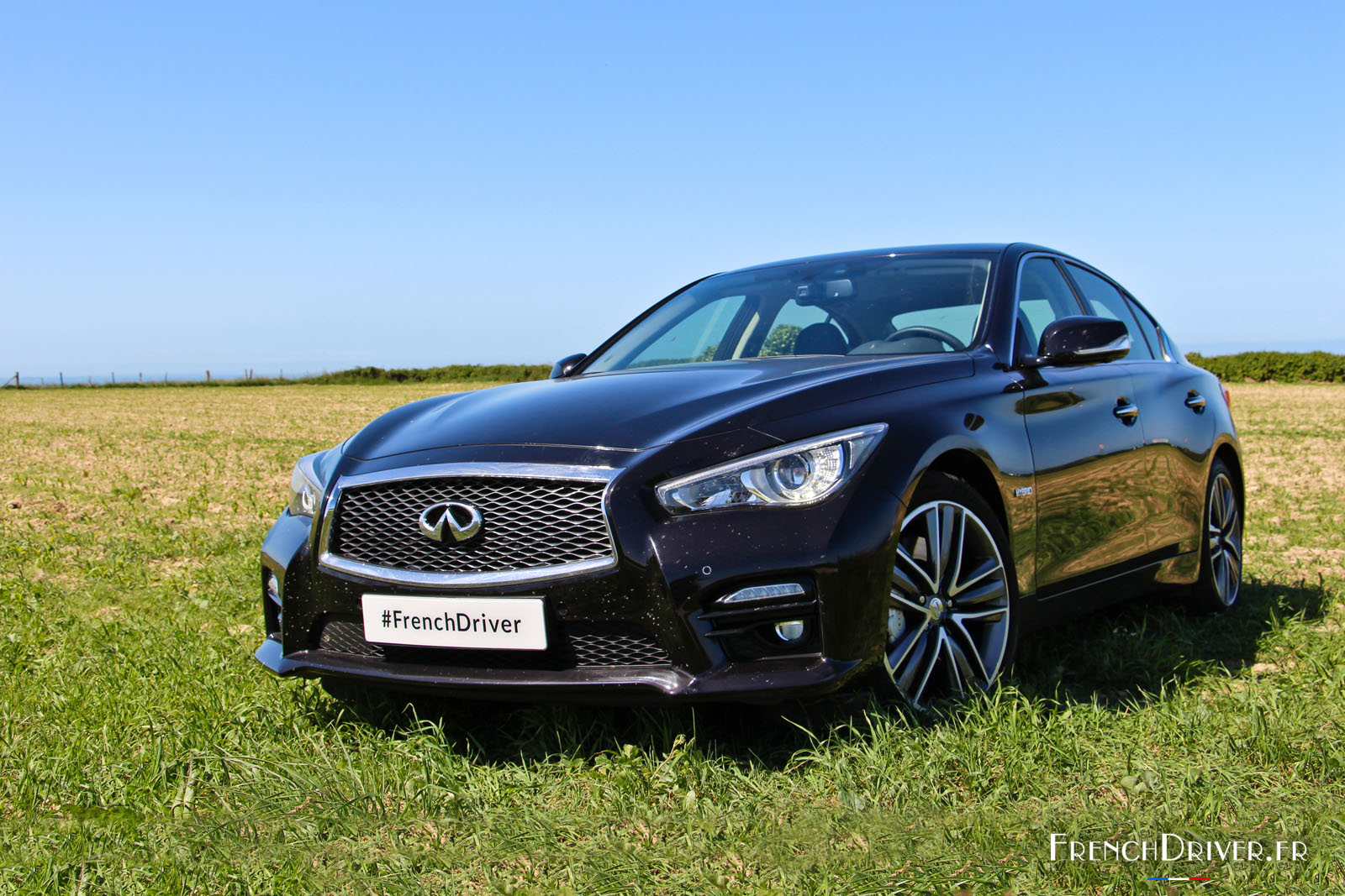 essai de l 39 infiniti q50 sport hybrid awd l gante sportive french driver. Black Bedroom Furniture Sets. Home Design Ideas