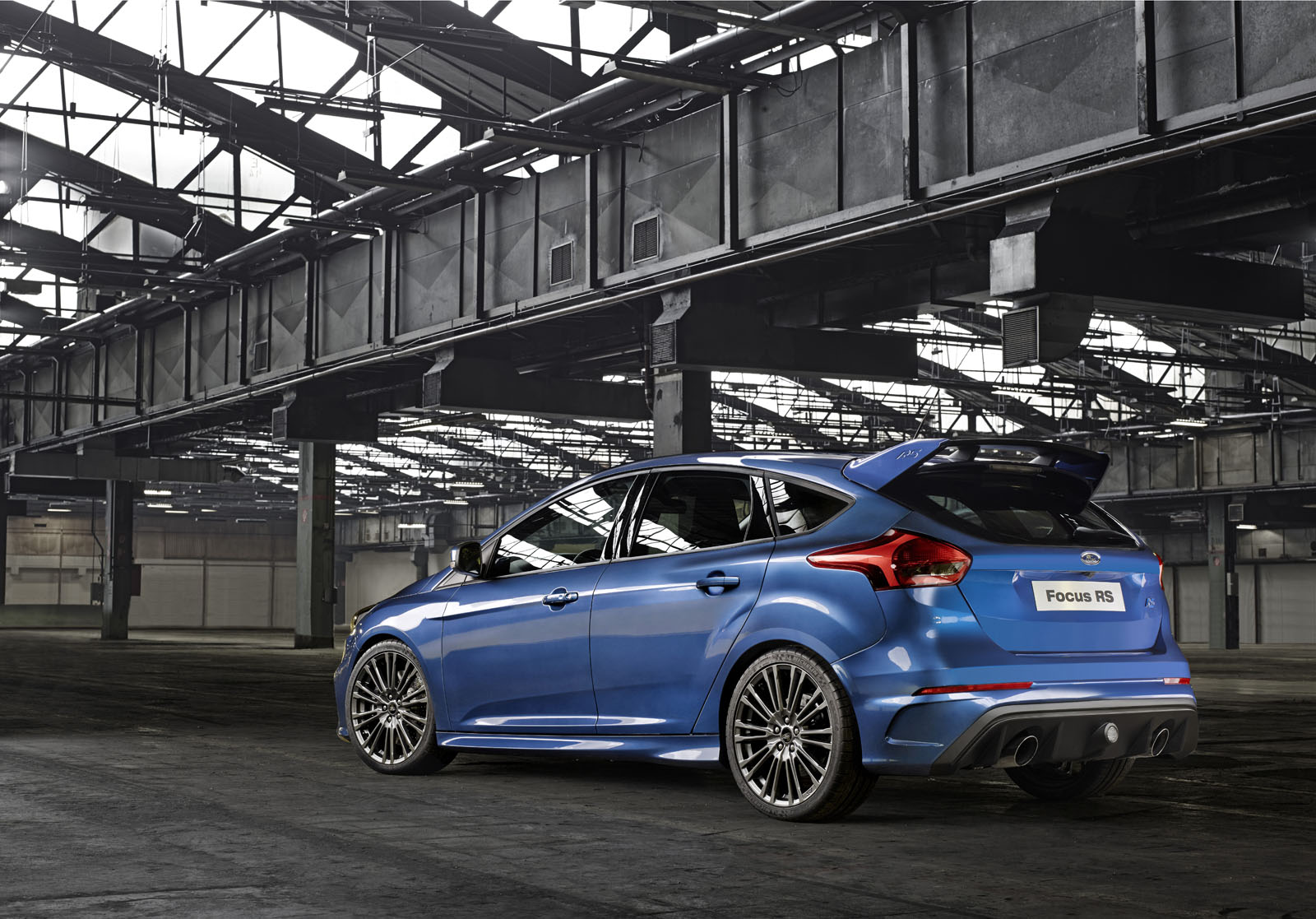 nouvelle ford focus rs 2015 350 chevaux french driver. Black Bedroom Furniture Sets. Home Design Ideas