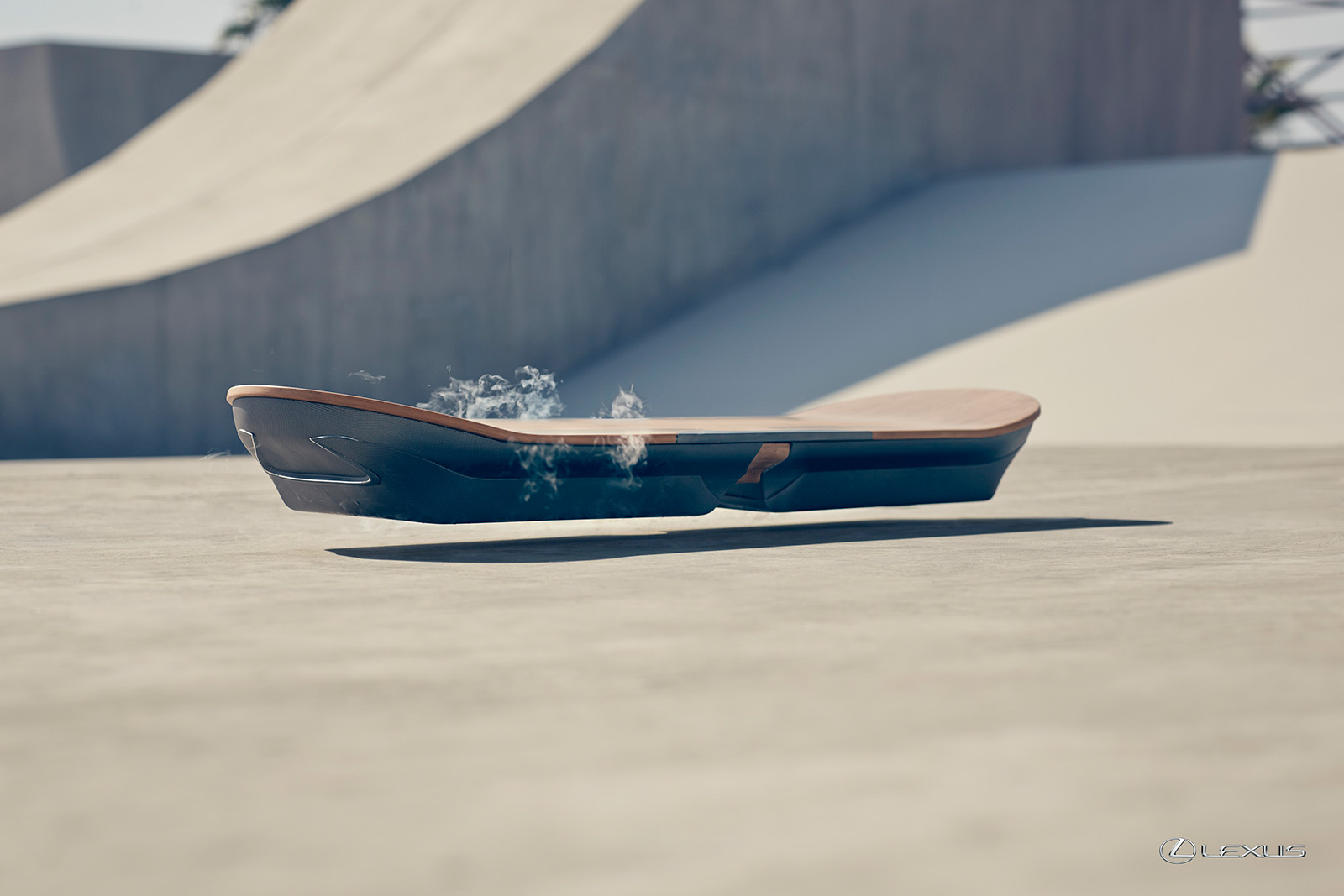 2015 lexus pr sente en vid o le hoverboard du futur french driver. Black Bedroom Furniture Sets. Home Design Ideas