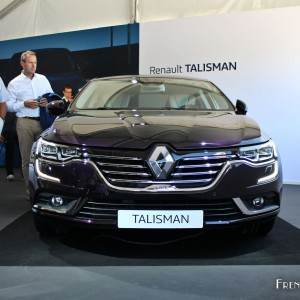 renault talisman renault l ve le voile sur la rempla ante de la laguna french driver. Black Bedroom Furniture Sets. Home Design Ideas