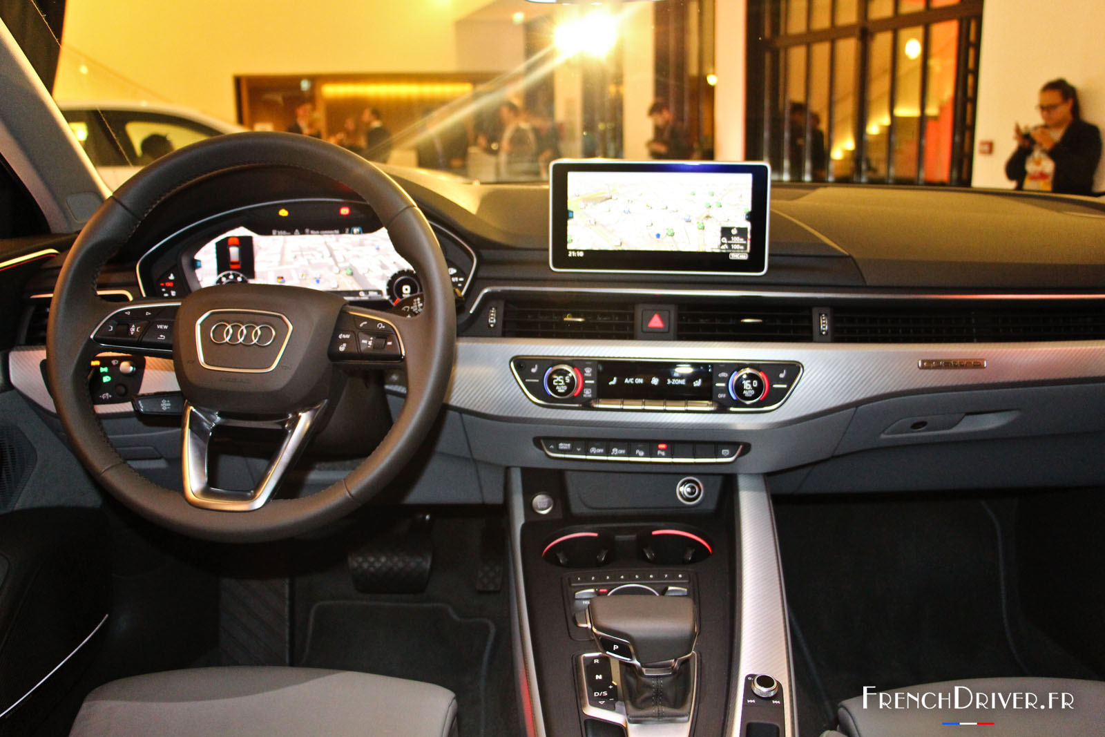 Nouvelle audi a4 2015 pr sentation en avant premi re for Interieur audi a4 avant