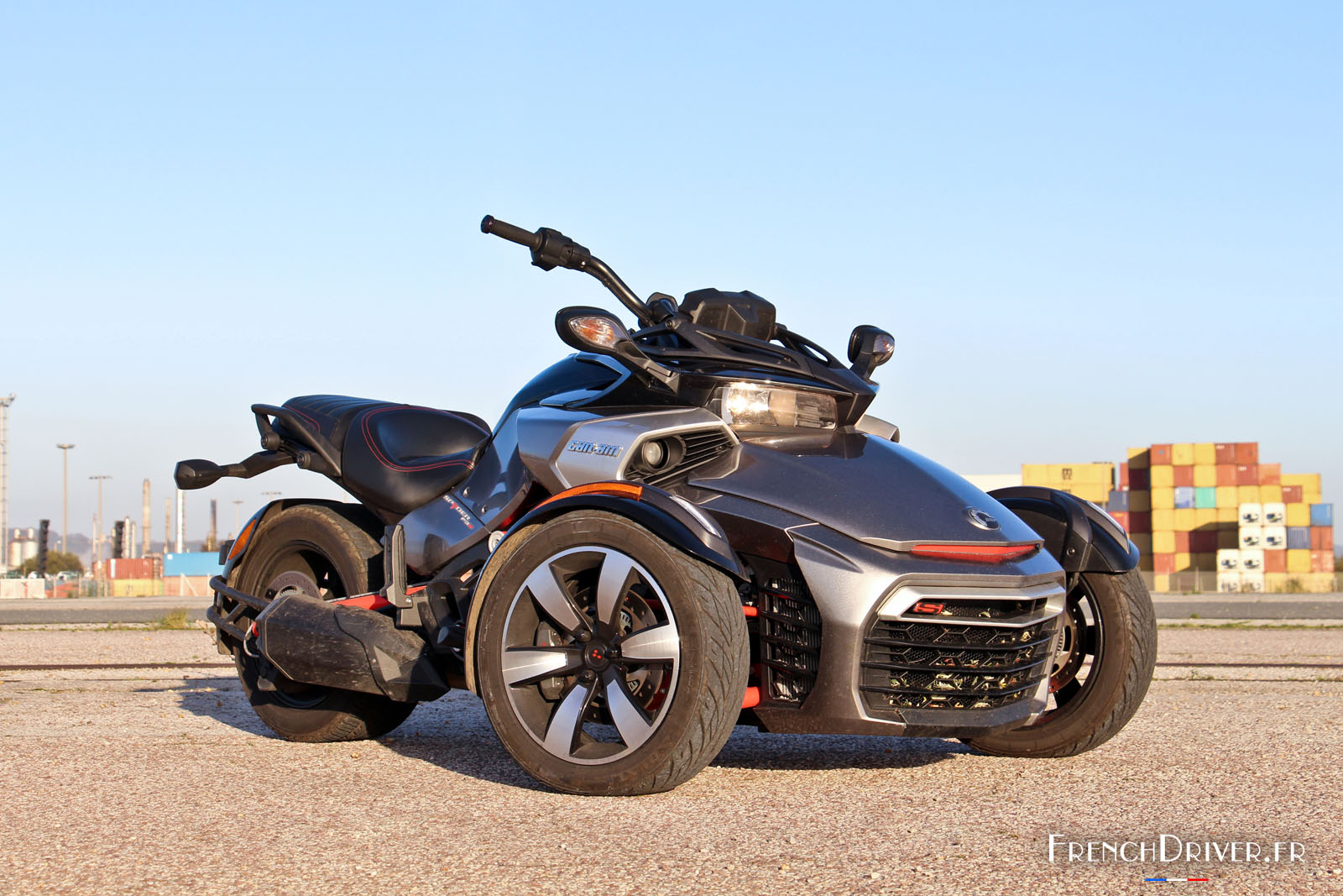 essai du can am spyder f3 s trois cylindres pour trois roues french driver. Black Bedroom Furniture Sets. Home Design Ideas