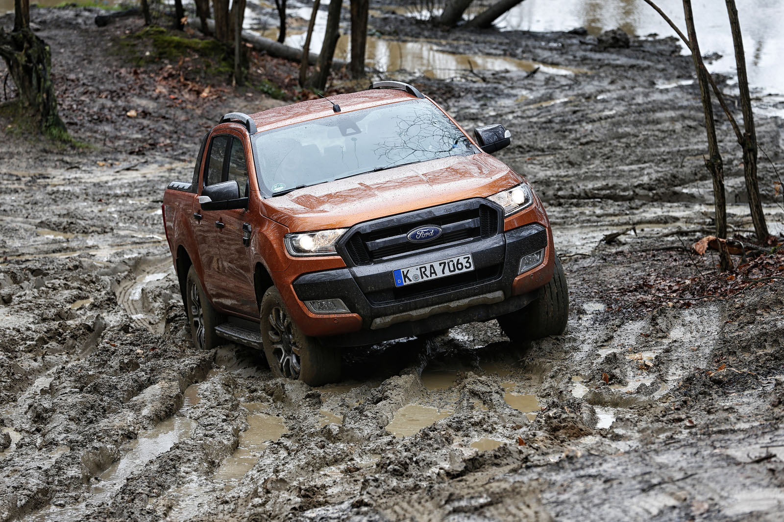 essai du ford ranger restyl le plus europ en des pick ups french driver. Black Bedroom Furniture Sets. Home Design Ideas