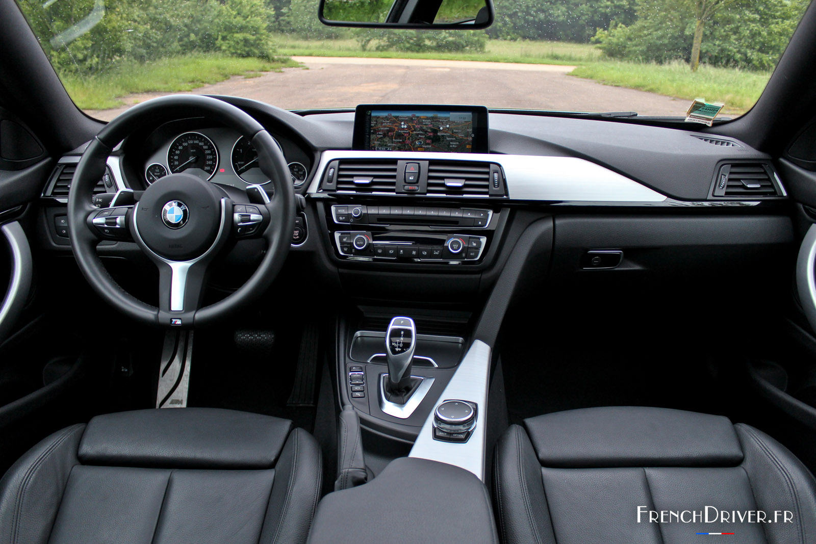 Essai de la bmw 430d coup la th orie de la relativit for Serie 1 interieur