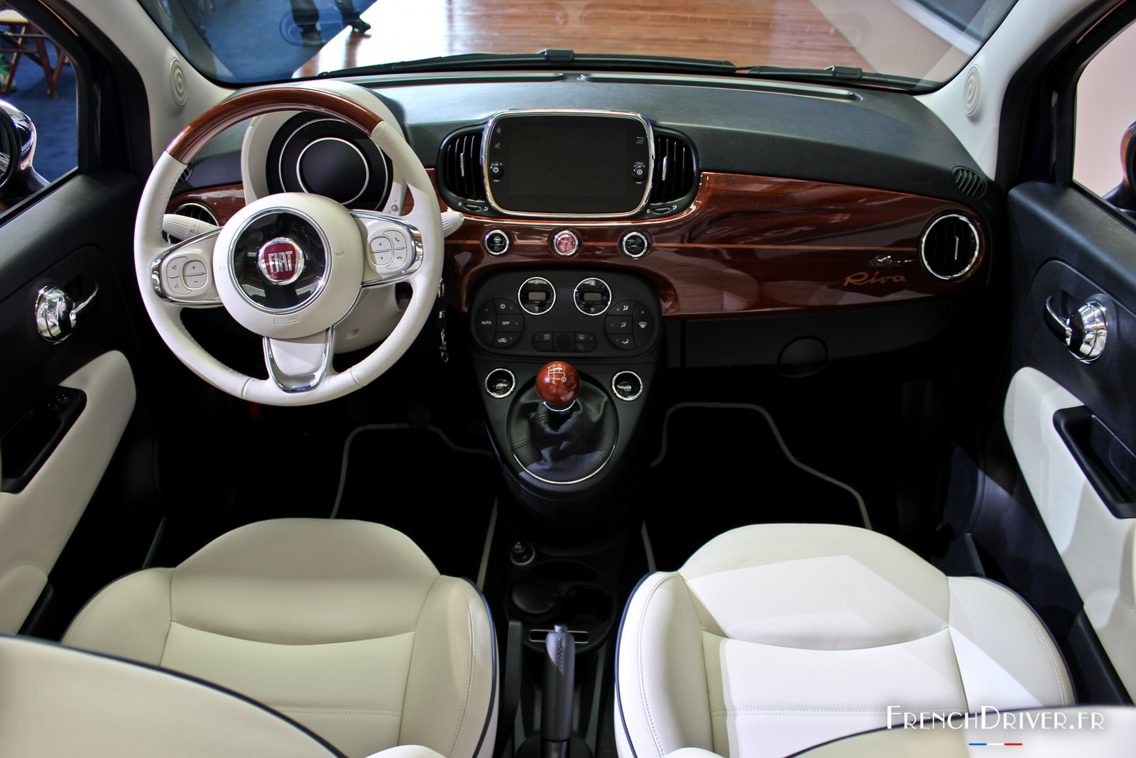 fiat 500 cabriolet with Respond on Quelle Fiat 500 Restylee Choisir 105377 as well Fiat 600d Engine Parts furthermore 7209 No Wheel Covers Year I Like moreover Fiat500pickup furthermore respond.