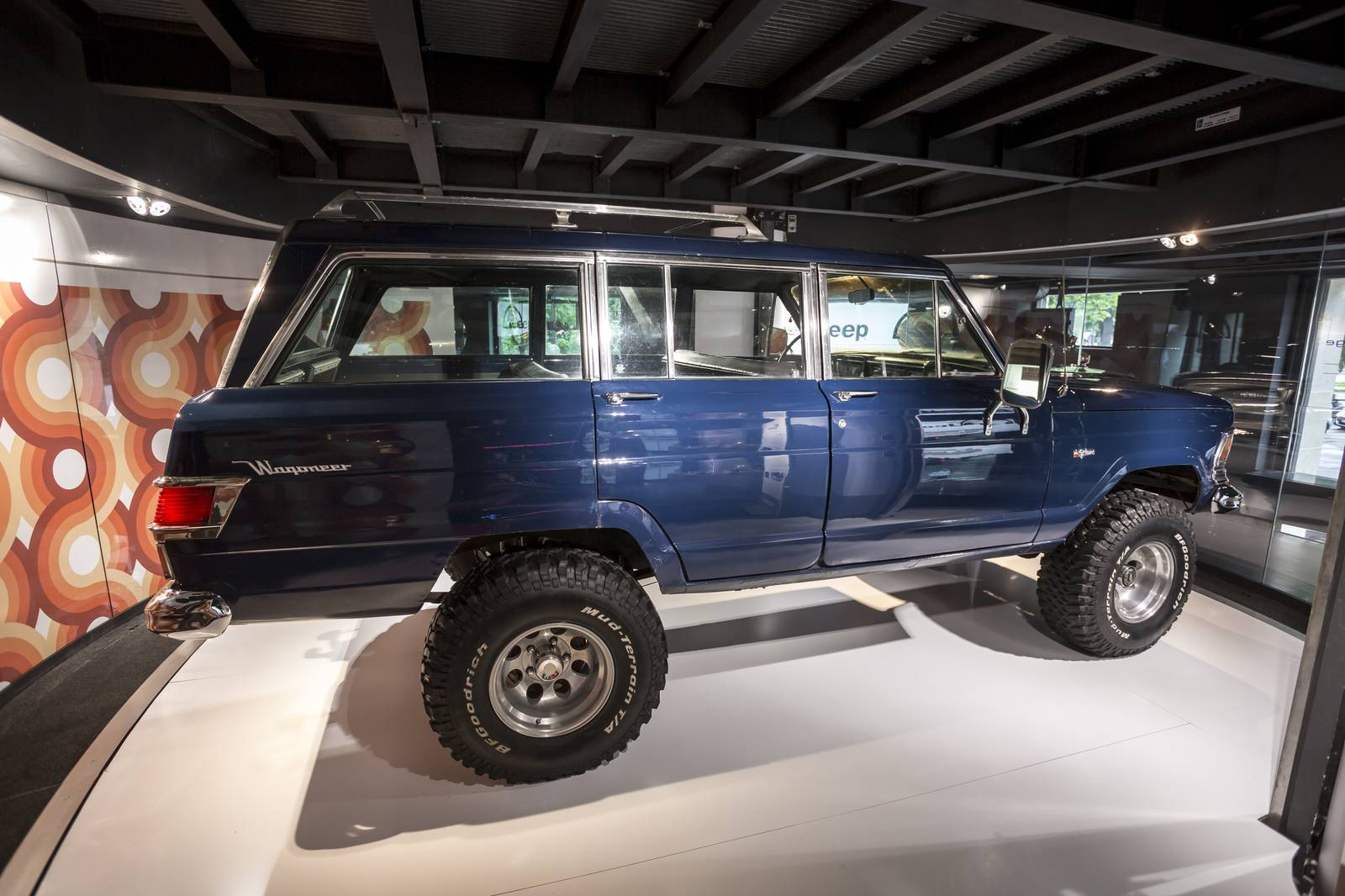 Drivers Village Jeep >> Jeep fête ses 75 ans chez MotorVillage à Paris - French Driver