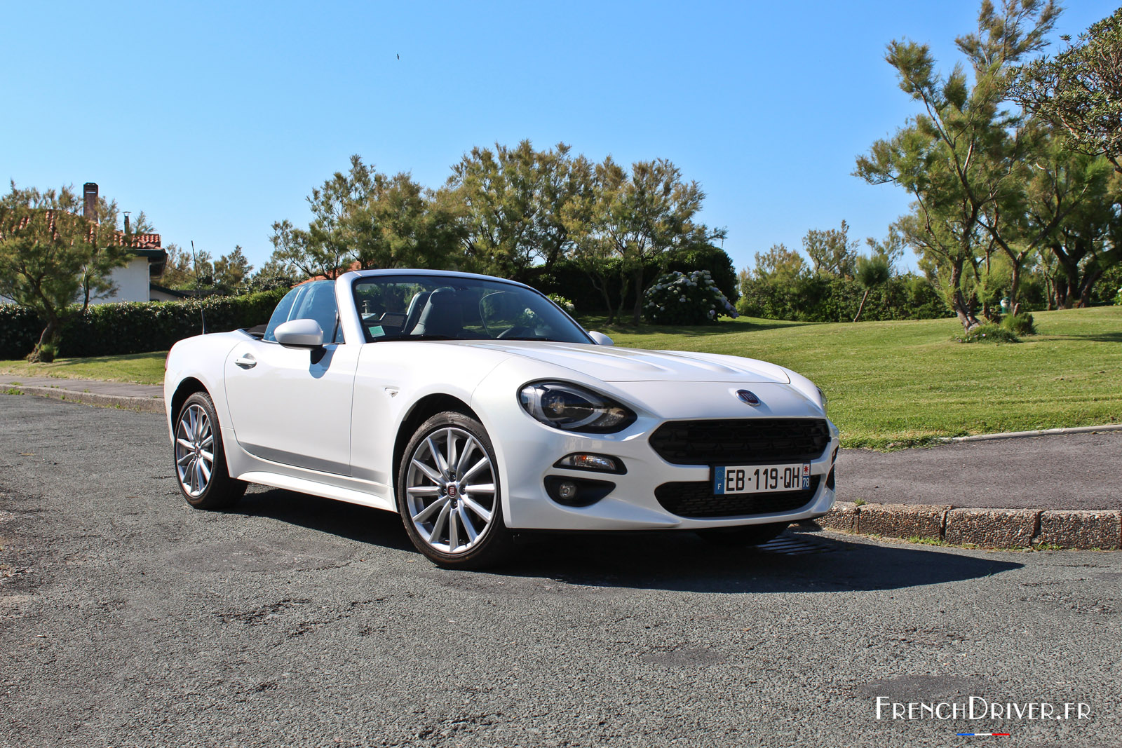 essai de la fiat 124 spider 2016 le nouveau cabriolet de l 39 t french driver. Black Bedroom Furniture Sets. Home Design Ideas