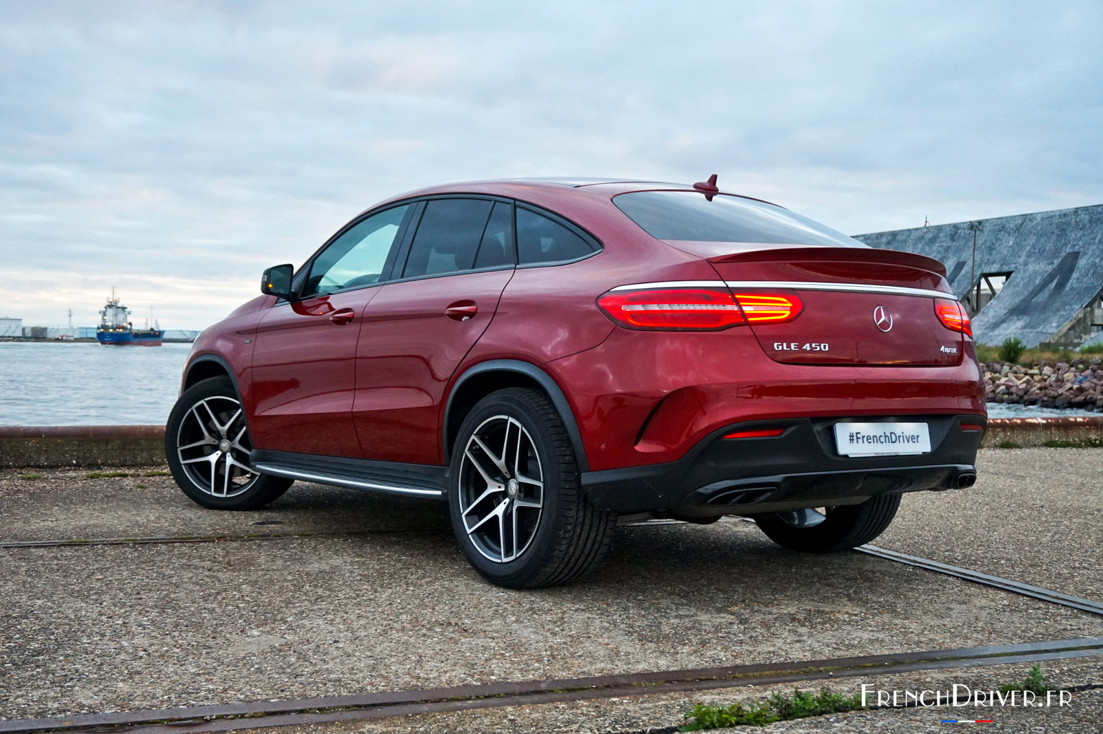 good pictures of mercedes gle 450 amg fiche technique fiat world test drive. Black Bedroom Furniture Sets. Home Design Ideas