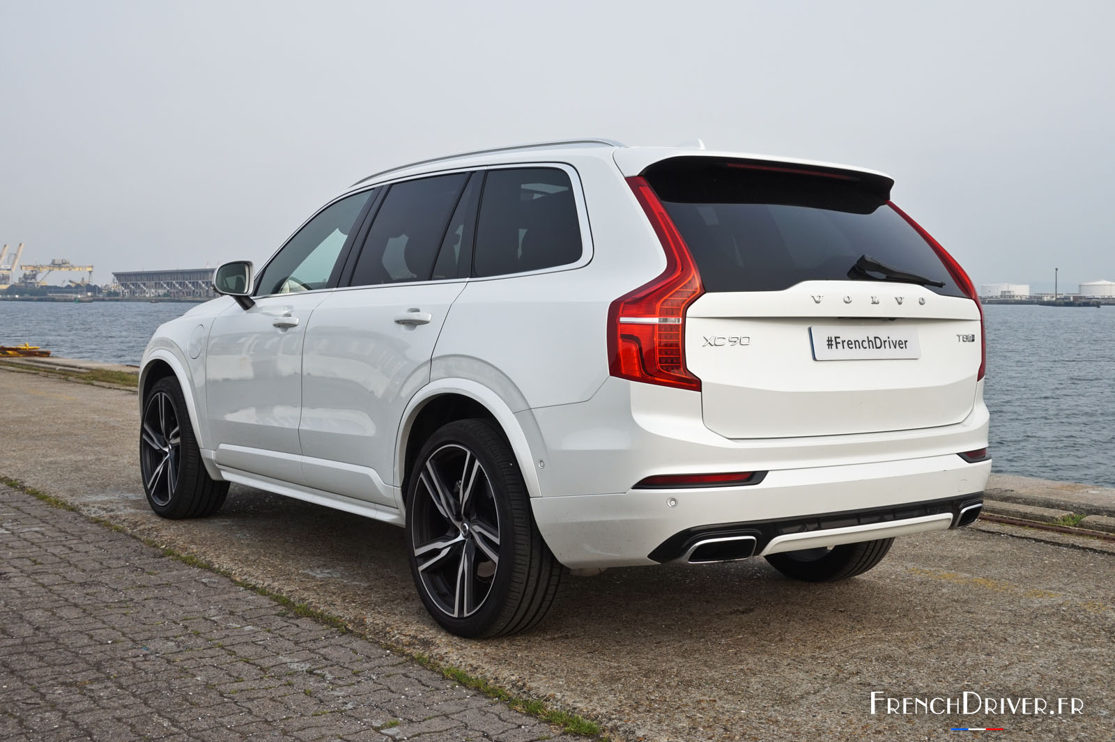 essai du volvo xc90 t8 puissamment technologique french driver. Black Bedroom Furniture Sets. Home Design Ideas