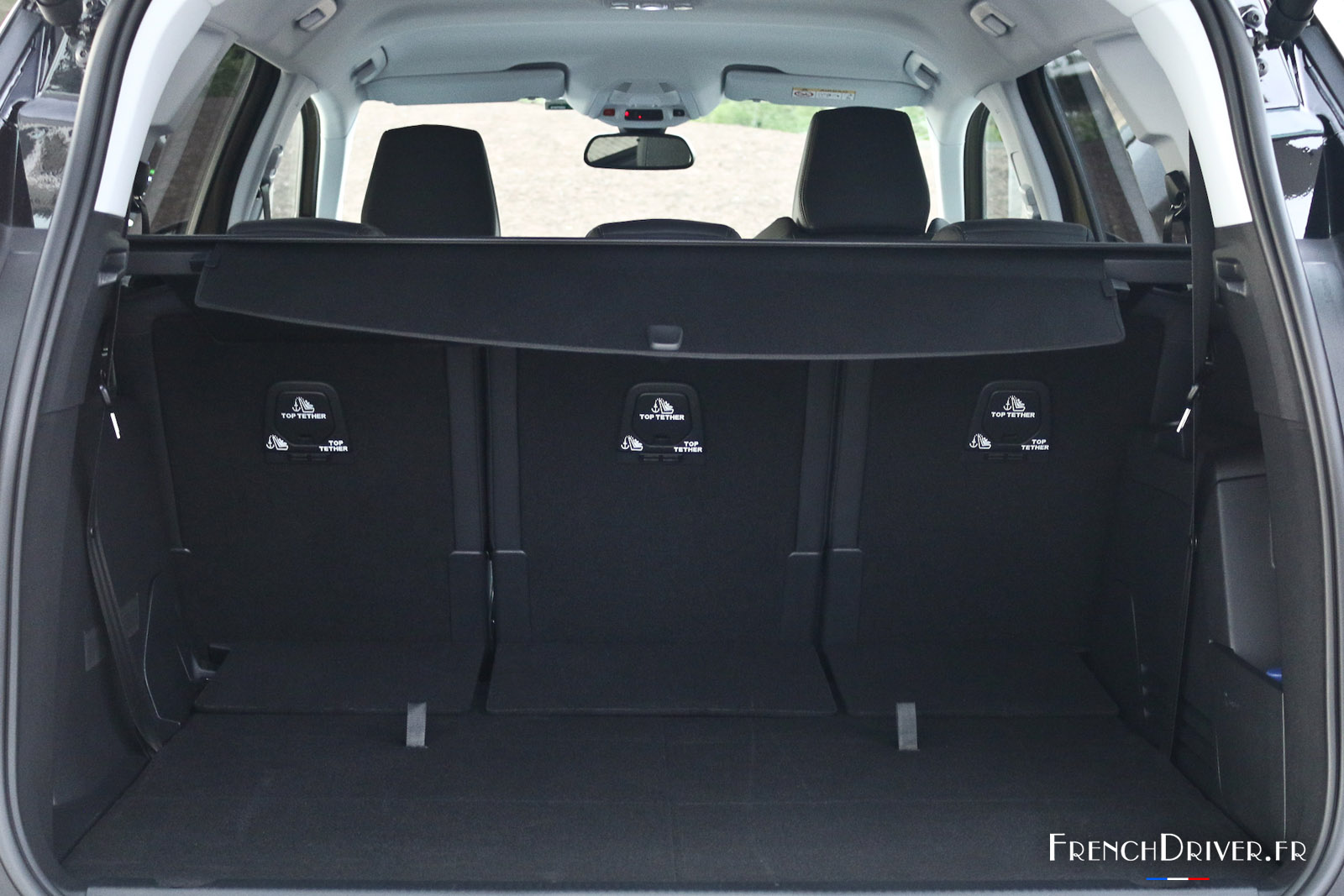 essai peugeot 5008 ii qui m 39 aime me suv french driver. Black Bedroom Furniture Sets. Home Design Ideas