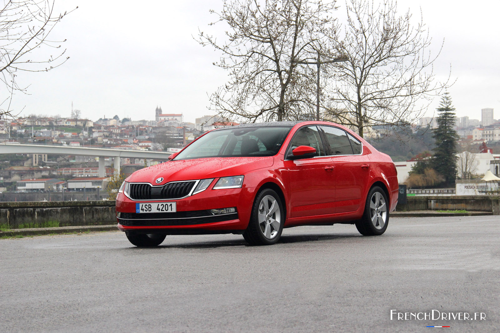 skoda octavia rouge. Black Bedroom Furniture Sets. Home Design Ideas