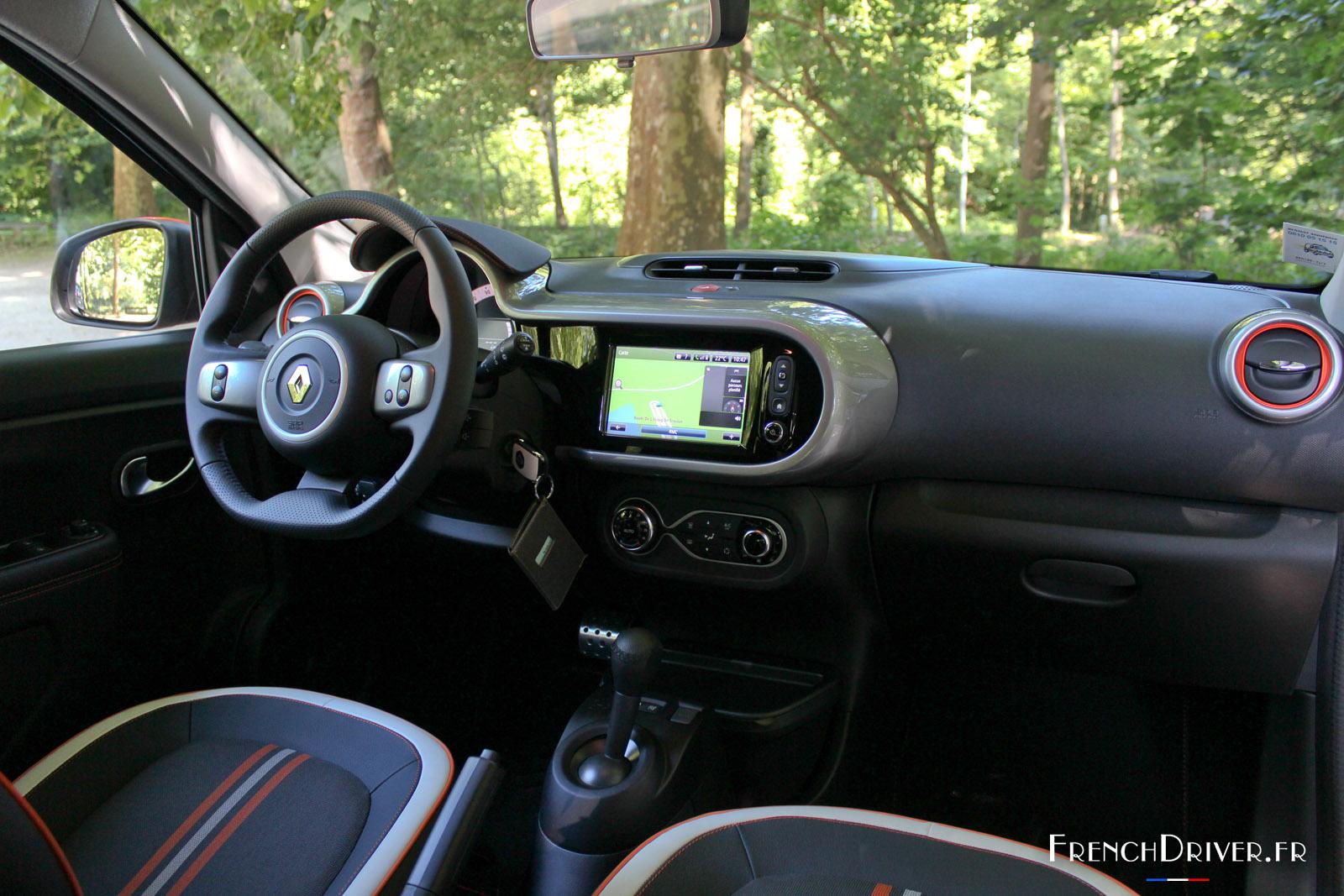 Essai Renault Twingo GT EDC : petite citadine énervée - French Driver