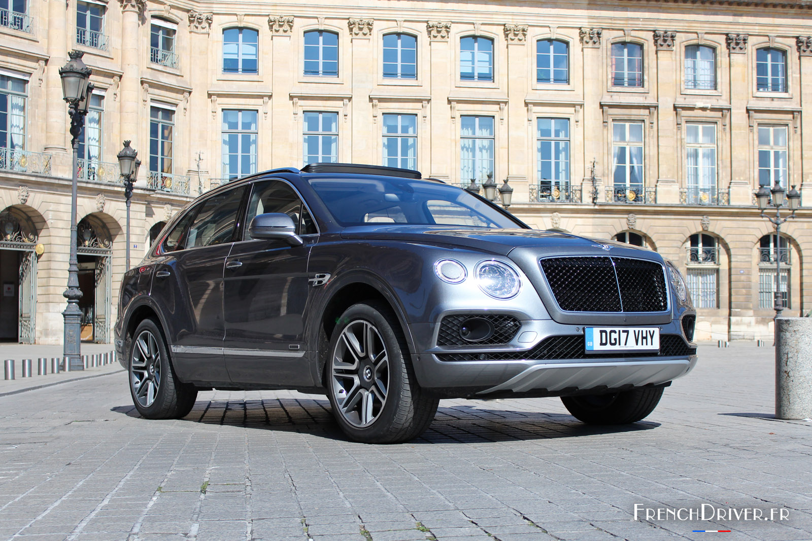 essai bentley bentayga diesel victime de la mode french driver. Black Bedroom Furniture Sets. Home Design Ideas