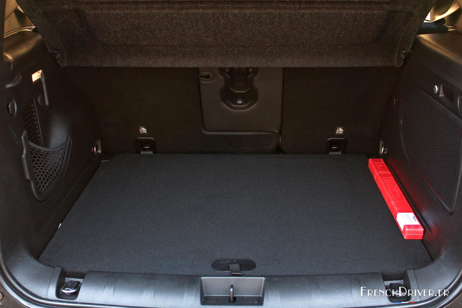 essai jeep renegade la plus petite des jeep french driver. Black Bedroom Furniture Sets. Home Design Ideas