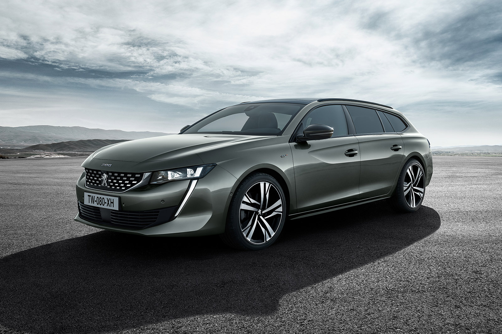 nouvelle peugeot 508 sw elle sort du lot avec ses. Black Bedroom Furniture Sets. Home Design Ideas